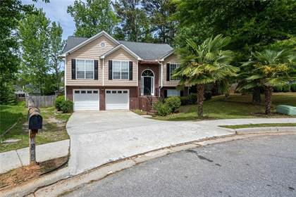 Residential Property for sale in 1045 Eagle Pointe Drive, Lawrenceville, GA, 30044