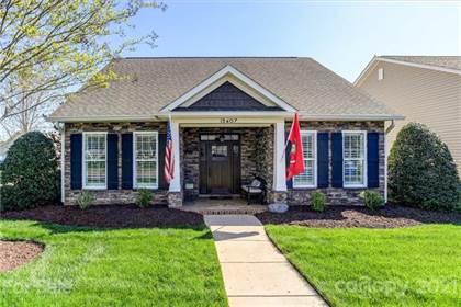 Residential Property for sale in 13407 Hazelbrook Lane, Cornelius, NC, 28031