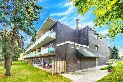 Condominium for sale in 123 Woodbine Ave 327, Toronto, Ontario, M4L3V8