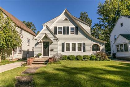 Residential Property for sale in 320 Columbia Ave, Elyria, OH, 44035