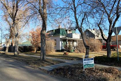 Residential Property for sale in 501 E Towne St, Glendive, MT, 59330