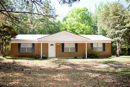 Residential Property for sale in 5587 Old Hwy 24, Mclain, MS, 39461