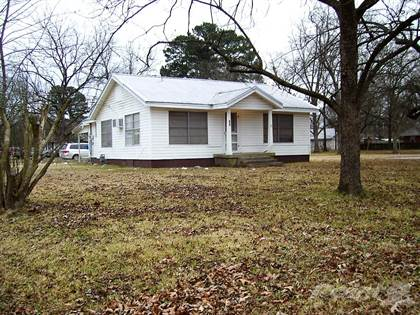 Residential Property for sale in 670 N CORBIN ST, Ashdown, AR, 71822