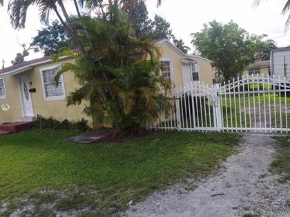 Residential Property for sale in 1340 NW 103 St, Miami, FL, 33147