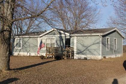 Residential Property for sale in 733 N. Pine Street, Tina, MO, 64643