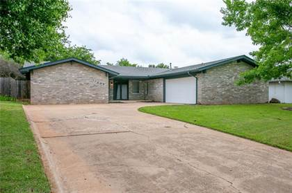 Residential for sale in 11405 Bluff Creek Drive, Oklahoma City, OK, 73162