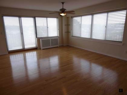 Residential Property for rent in 31 Hylan Boulevard 14D, Staten Island, NY, 10305