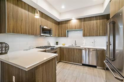 Apartment for rent in 5420 Yolanda Ave, Tarzana, CA, 91356