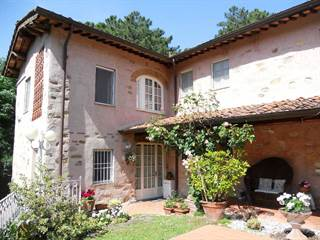 """Residential Property for sale in """"Casa delle Ortensie"""" - compitese area - Lucca, Lucca, Tuscany"""