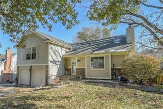 Single Family for sale in 10561 Bradshaw Street, Overland Park, KS, 66215