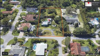 Residential for sale in 8340 SW 94th St, Miami, FL, 33156