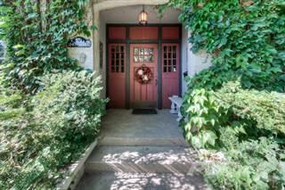 Residential Property for sale in 518 Bridgeport Road East, Kitchener, Ontario, N2K1N7