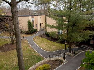 Condo for sale in 103 Wiltshire Road D12, Scarsdale, NY, 10583