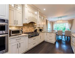 Single Family for sale in 1300 MOUNTAIN HIGHWAY, North Vancouver, British Columbia, V7J2M1