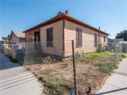 Multifamily for sale in 852 E 53rd Street, Los Angeles, CA, 90011