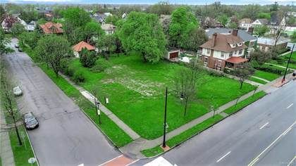 Lots And Land for sale in 2868 Main Street, Buffalo, NY, 14214