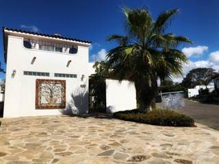 Residential Property for sale in MISION TODOS SANTOS # 3016 (LAS FUENTES), Ensenada, Baja California