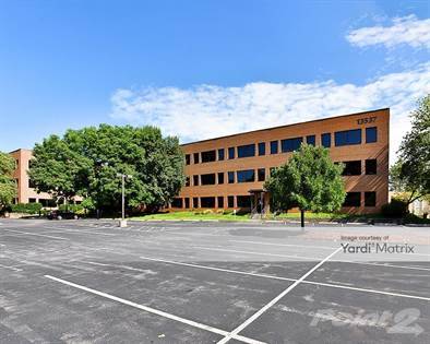 Office Space for rent in 13537 Barrett Pkwy Dr., Ballwin, MO, 63021