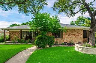 Single Family for sale in 8129 Woodhue Road, Dallas, TX, 75228