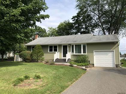 Residential Property for rent in 22 WEDGEWOOD DR, Colonie, NY, 12211