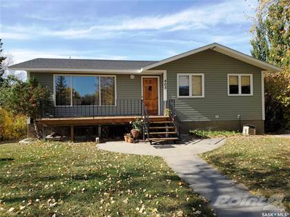 Residential Property for sale in 403 Cypress STREET, Maple Creek, Saskatchewan, S0N 1N0
