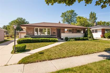 Residential Property for sale in 8721 W Crawford Ave, Milwaukee, WI, 53228