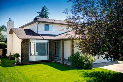 Single Family for sale in 12 WOOD VALLEY Rise SW, Calgary, Alberta, T2W5X5