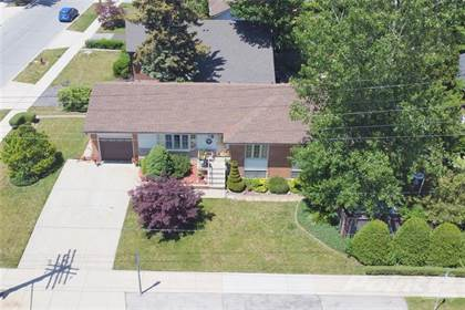 Residential Property for sale in 394 UPPER KENILWORTH Avenue, Hamilton, Ontario, L8T 4G5