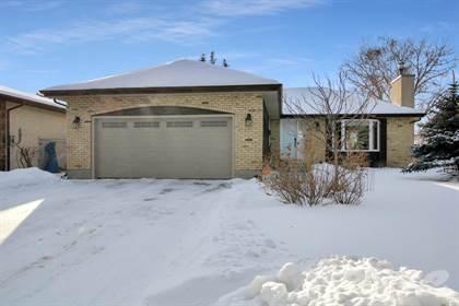 Residential for sale in 60 Regatta Road, Winnipeg, Manitoba, R2G 2Y6