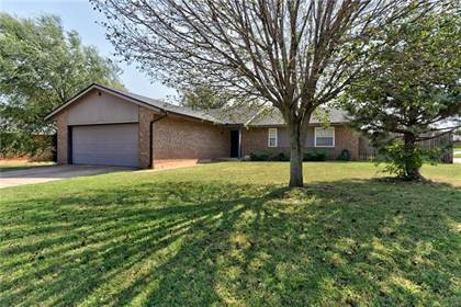 Residential for sale in 4728 Royal Oak Drive, Oklahoma City, OK, 73135