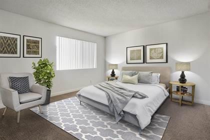Apartment for rent in 17810 Merridy Street, Northridge, CA, 91325