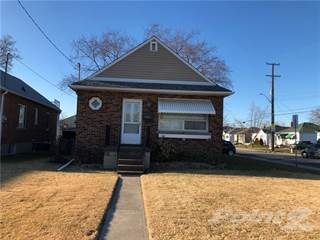 Residential Property for sale in 140 Glencairn Avenue, Hamilton, Ontario, L8K 3N9