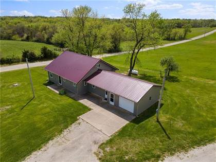 Residential Property for sale in 1611 NW Millcreek Drive, Hamilton, MO, 64644