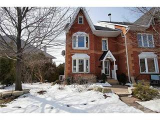 Townhouse for sale in 53 Sunvale Place, Hamilton, Ontario