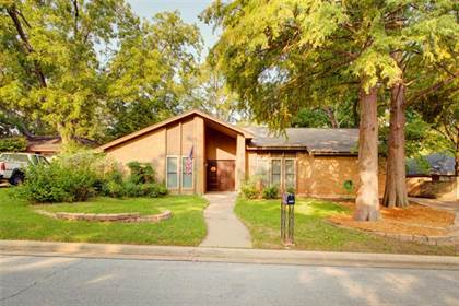 Residential Property for sale in 2202 Shady View Court, Arlington, TX, 76013