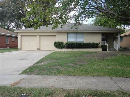 Residential for sale in 1427 Gillette Street, Dallas, TX, 75217