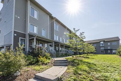 24 Meach Private,    Ottawa,OntarioK2S 0T8 - honey homes