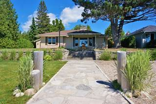 Residential Property for sale in 217 LAKESHORE BLVD. , South Bruce Peninsula, Ontario