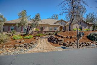 Single Family for sale in 13093 Tierra Heights Rd, Redding, CA, 96003