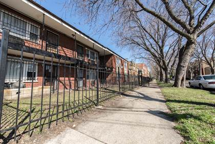 Apartment for rent in 8640 S Ingleside Ave, Chicago, IL, 60619