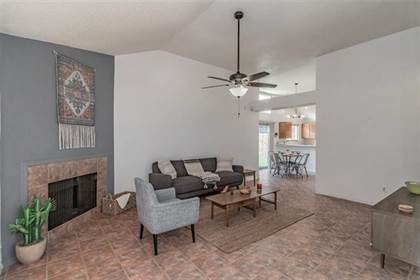 Residential for sale in 6302 Mercedes Drive, Arlington, TX, 76001
