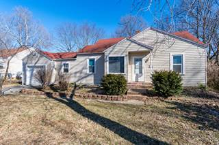 Single Family for sale in 1915 East Cherry St Court, Springfield, MO, 65802