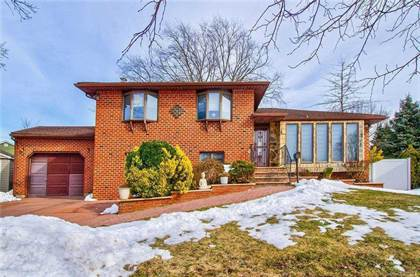 Residential Property for sale in 11 Verbena Court, Hicksville, NY, 11801