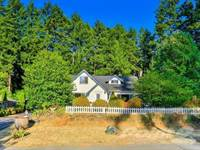Photo of 406 Cypress Road