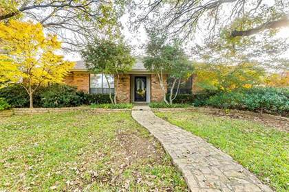 Residential for sale in 2624 Collard Road, Arlington, TX, 76017