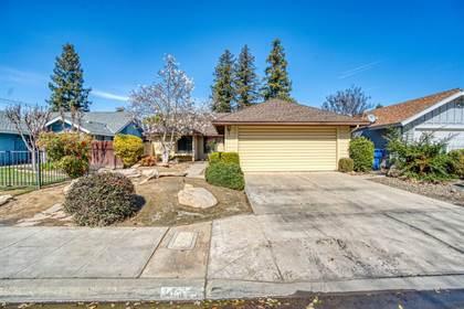 Residential for sale in 1036 E El Paso Avenue, Fresno, CA, 93720