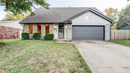 Residential Property for sale in 218 E 56th Place, Tulsa, OK, 74105