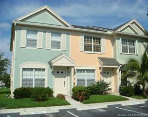 Townhouse for sale in 4 Fleming Ct, Weston, FL, 33326