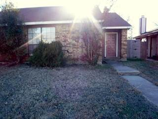 Duplex for sale in 3106 Gregory Lane, Grand Prairie, TX, 75052