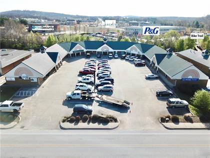 Commercial for sale in 3810  N Front  ST, Fayetteville, AR, 72703